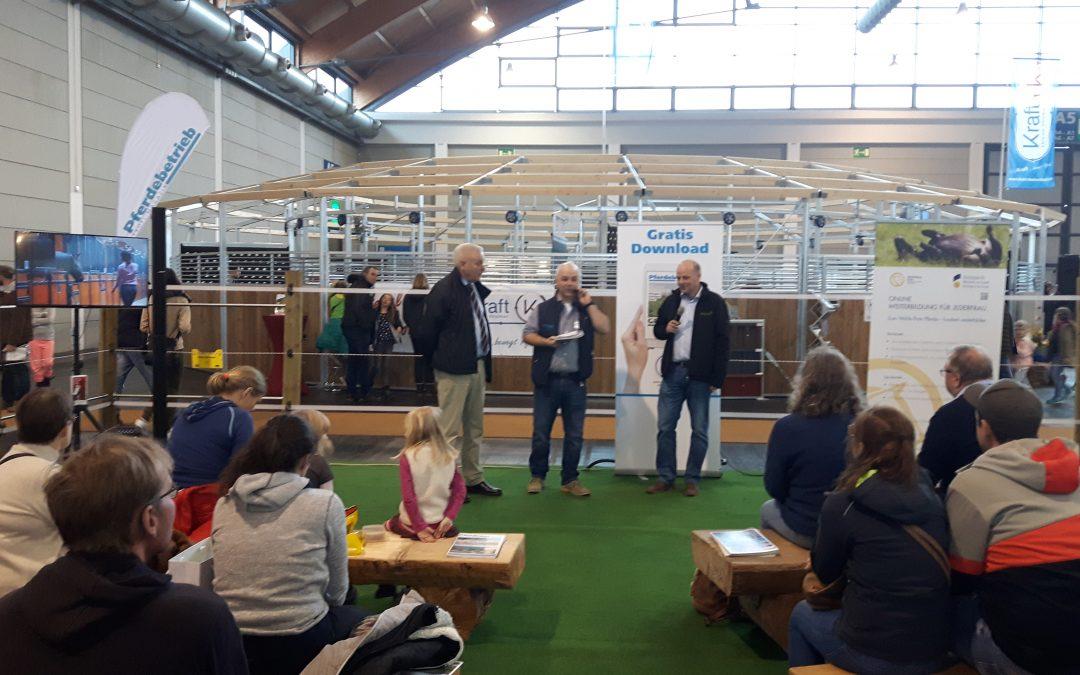 Pferd Bodensee – FORUM Pferdebetrieb: Ausbildung oder Studium -Prof. Dr. Dirk Winter (HfWU Nürtingen-Geislingen) und Uwe Karow (Bundesvereinigung der Berufsreiter) informieren